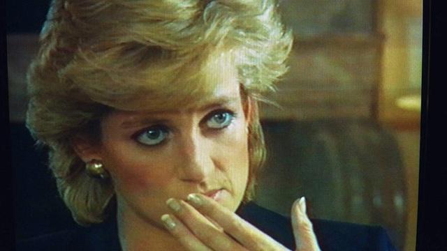 Đều thực hiện cuộc phỏng vấn rúng động hoàng gia, Meghan Markle phải cúi đầu xấu hổ trước cách ứng xử đẳng cấp của Công nương Diana - Ảnh 3.