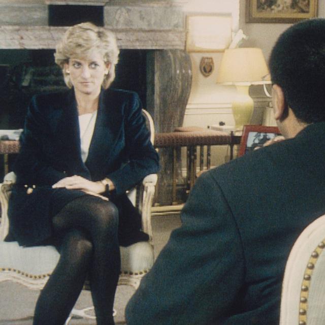 Đều thực hiện cuộc phỏng vấn rúng động hoàng gia, Meghan Markle phải cúi đầu xấu hổ trước cách ứng xử đẳng cấp của Công nương Diana - Ảnh 5.