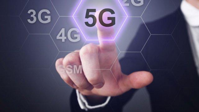 Điện thoại 5G bán chạy không ngờ tại Việt Nam - Ảnh 2.