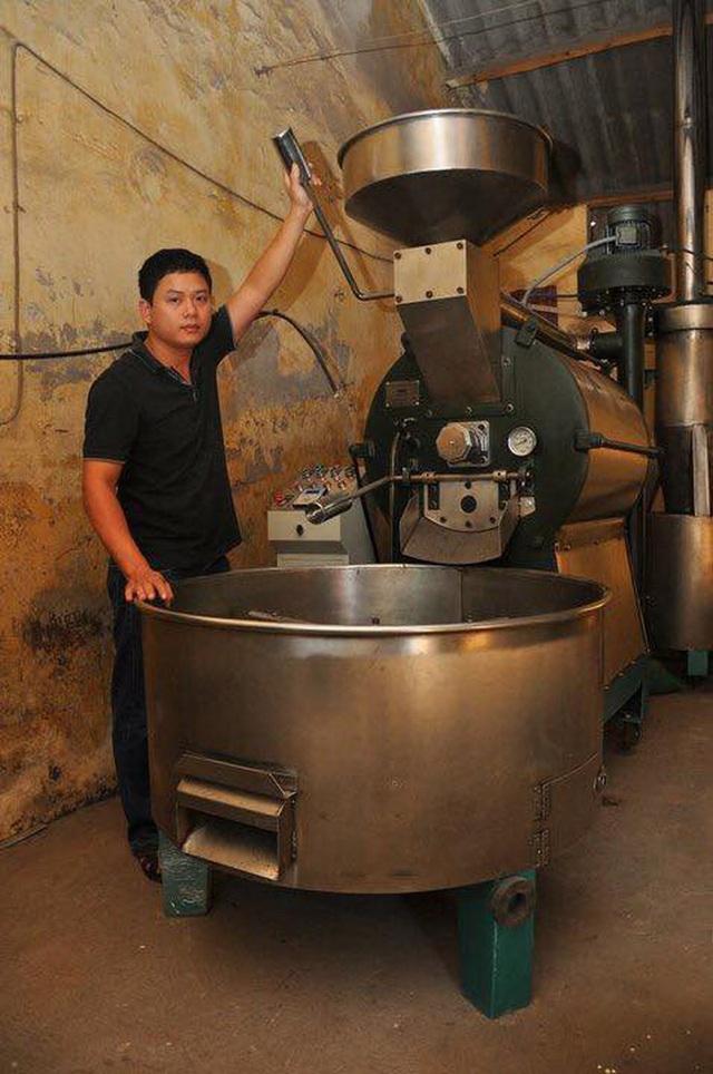 Điều ít biết về chuỗi Aha Cafe: Thương hiệu có từ năm 1997 nhưng 11 năm sau mới mở cửa hàng đầu tiên, công ty quản lý lỗ triền miên - Ảnh 1.
