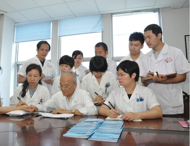 Bậc thầy y học 87 tuổi: Mạch máu mịn và không có mảng xơ vữa nhờ uống 2 loại trà trong 30 năm - Ảnh 7.