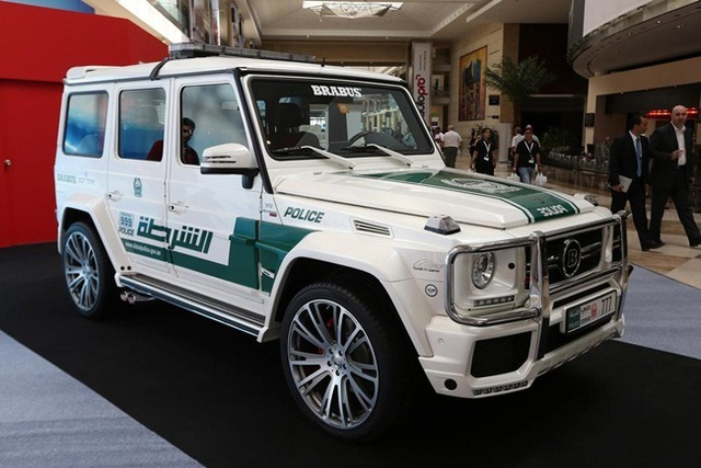 Đã mắt ngắm dàn siêu xe tuần tra của cảnh sát xứ Dubai: Toàn những cái tên đắt đỏ, tốc độ đỉnh cao đến mức tội phạm cũng khó mà chạy thoát - Ảnh 12.