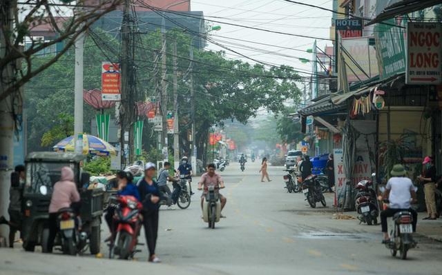 CLIP: Người dân chùa Hương tất bật chờ đón khách thập phương  - Ảnh 2.