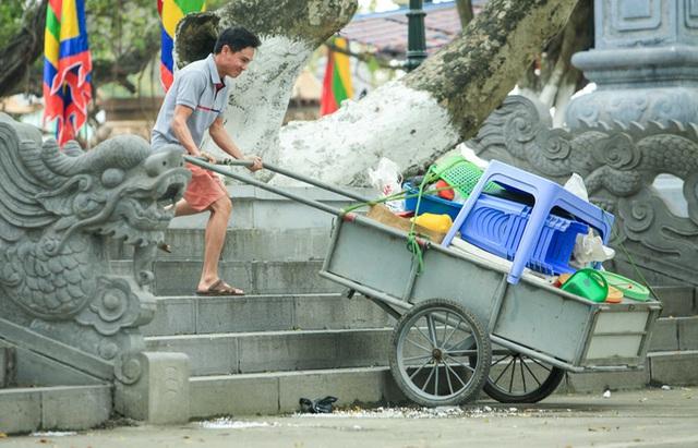 CLIP: Người dân chùa Hương tất bật chờ đón khách thập phương  - Ảnh 12.