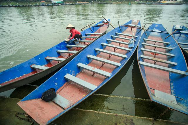 CLIP: Người dân chùa Hương tất bật chờ đón khách thập phương  - Ảnh 15.