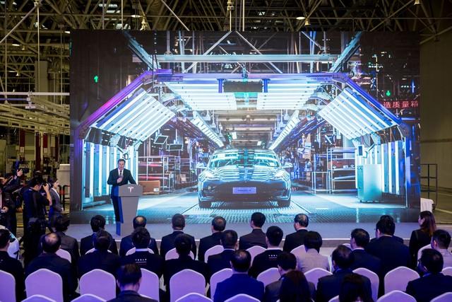 Tượng đài Jack Ma sụp đổ, giới trẻ Trung Quốc quay sang thần tượng Elon Musk - Ảnh 2.