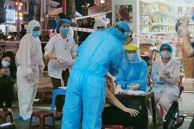 3 mẹ con người Hải Phòng bay sang Úc dương tính SARS-CoV-2 lây bệnh từ đâu?  - Ảnh 1.