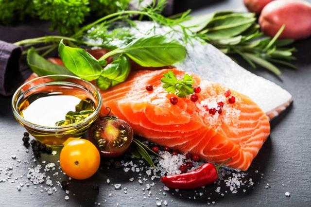 3 loại thực phẩm các bác sĩ nhãn khoa luôn muốn mọi người tiêu thụ để có sức khỏe mắt tốt - Ảnh 2.