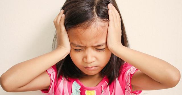 Thật khó tin đột quỵ ở trẻ em: Dấu hiệu cha mẹ cần nhớ - Ảnh 2.