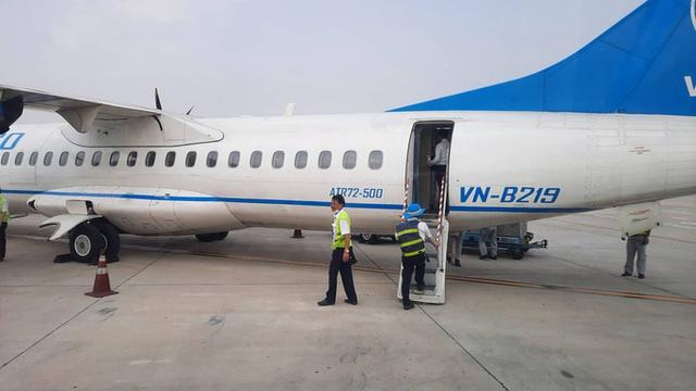 Chuyến bay từ TP HCM đi Côn Đảo phải quay về vì máy bay có khói  - Ảnh 2.