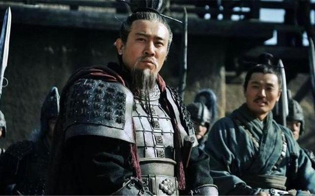 20 tuổi sống như Tào Tháo, 40 tuổi học hỏi Tư Mã Ý và 60 tuổi theo gương Lưu Bị - Ảnh 4.
