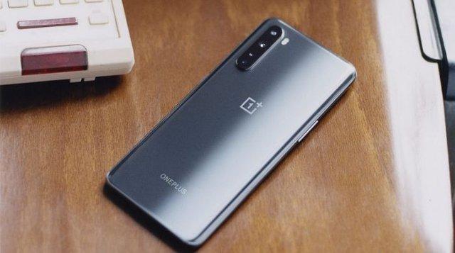 Có 10 triệu, chọn smartphone nào hợp lý nhất? - Ảnh 6.