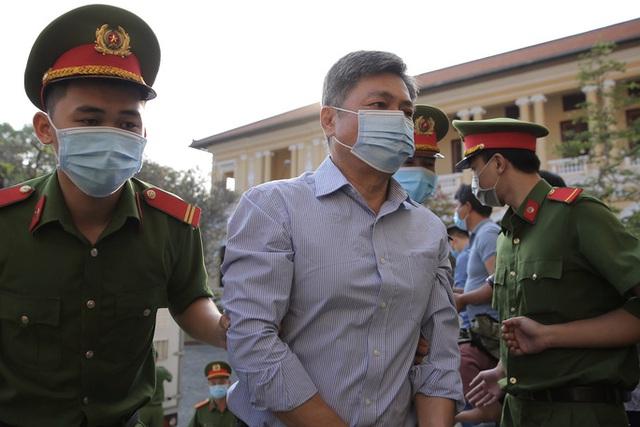 Hình ảnh đầu tiên của nữ đại gia và ông Nguyễn Thành Tài tại TAND TP HCM  - Ảnh 3.