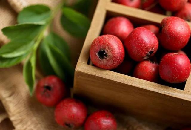 6 loại thực phẩm khiến bệnh dạ dày trở nên tệ hơn, nhiều người không biết vẫn coi như bảo bối tích trữ trong nhà - Ảnh 3.