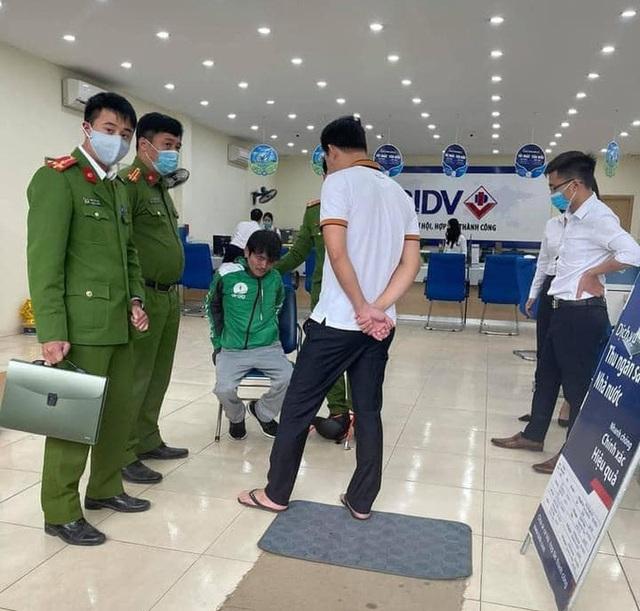 Vụ cướp ngân hàng BIDV: Dùng súng bật lửa để đe doạ - Ảnh 1.