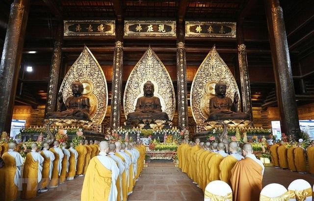 Kinh nghiệm đi chùa Tam Chúc để không bị đông nghẹt người mà lại ngắm được cảnh đẹp - Ảnh 6.