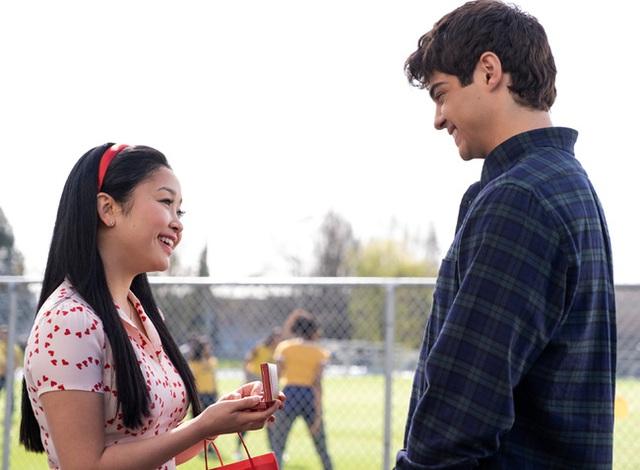 Nữ diễn viên gốc Việt nổi tiếng nhất ở Hollywood: Từ bé gái bị bỏ rơi ở trại mồ côi đến ngôi sao tỏa sáng nhờ series trên Netflix - Ảnh 6.