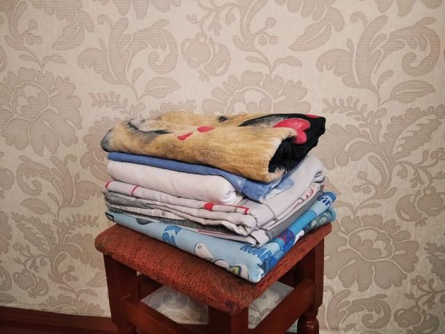 10 đồ vật bạn hay sử dụng nhưng vô tình khiến căn nhà luôn bụi bặm dù vệ sinh thường xuyên - Ảnh 2.