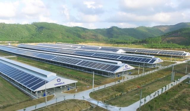 Đầu tư hệ thống điện mặt trời tại toàn bộ các trang trại, Vinamilk đẩy mạnh năng lượng bền vững - Ảnh 2.