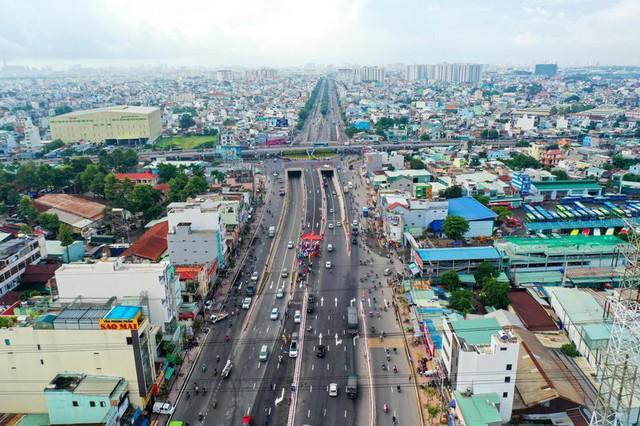 """Chuyên gia Colliers Việt Nam: """"3 huyện lên quận, thị trường bất động sản ở khu vực này sẽ nhộn nhịp hơn  - Ảnh 2."""