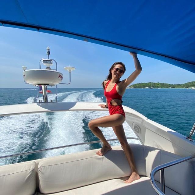"""Ái nữ thừa kế tập đoàn """"gã khổng lồ"""" Thái Lan: Từng được mệnh danh là Paris Hilton của xứ sở chùa Vàng, 30 tuổi """"quay đầu là bờ"""" xây dựng đế chế của gia đình - Ảnh 5."""