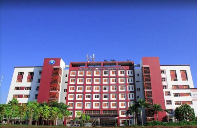 Một trường đại học khiến sinh viên mê mẩn vì quá đẹp: Được mệnh danh là Hồng lâu mộng của Sài Gòn, mỗi góc đều như tranh vẽ - Ảnh 1.