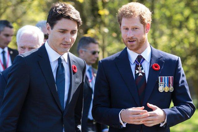 Nhìn lại loạt khoảnh khắc khó quên của Hoàng tử Harry thời còn là đứa cháu cưng của gia tộc và là niềm tự hào của Nữ hoàng Anh - Ảnh 18.