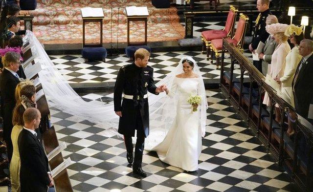 Nhìn lại loạt khoảnh khắc khó quên của Hoàng tử Harry thời còn là đứa cháu cưng của gia tộc và là niềm tự hào của Nữ hoàng Anh - Ảnh 22.