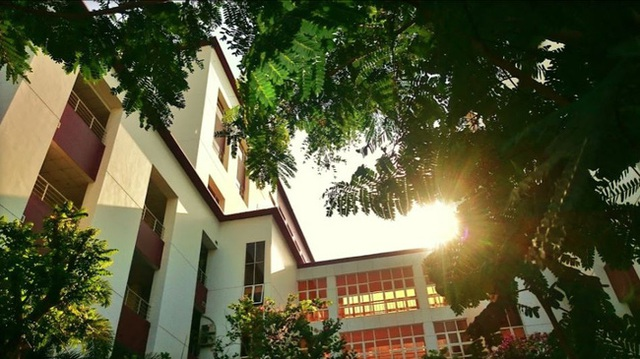 A university captivates students for being so beautiful: Dubbed the Long Dream of Saigon, every corner is picturesque - Photo 10.