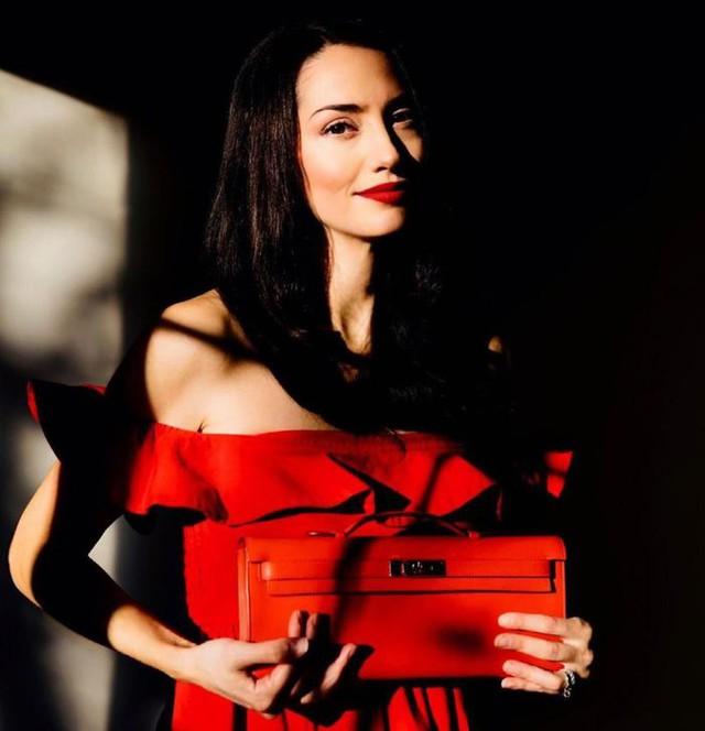 Kiếm được hàng triệu USD nhờ bán hộ túi Hermes second-hand cho giới siêu giàu: Không như Ferrari mất giá sau khi lăn bánh, Birkin là khoản đầu tư sinh lời nếu biết cách  - Ảnh 1.