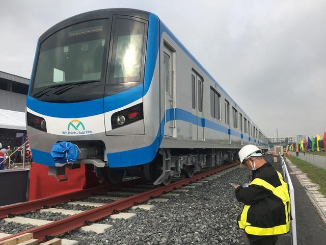 TP HCM đề xuất lương hơn 500 triệu đồng/tháng cho chuyên gia dạy lái tàu metro  - Ảnh 1.