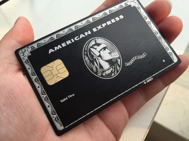 Choáng với điều kiện thu nhập để sở hữu chiếc thẻ tín dụng đen quyền lực của giới siêu giàu, nghe những giao dịch vô lý họ từng thực hiện thì càng ngất hơn - Ảnh 2.