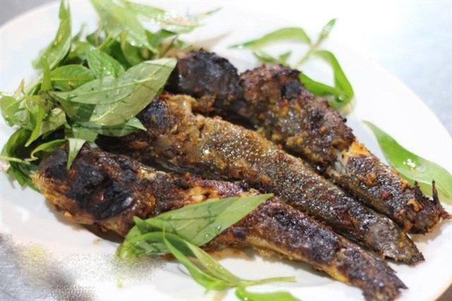"""Việt Nam có 5 loại cá được xem là đặc sản nức tiếng, nhìn thì """"sợ bỏ chạy"""" nhưng ăn rồi mới thấy cực ngon! - Ảnh 16."""