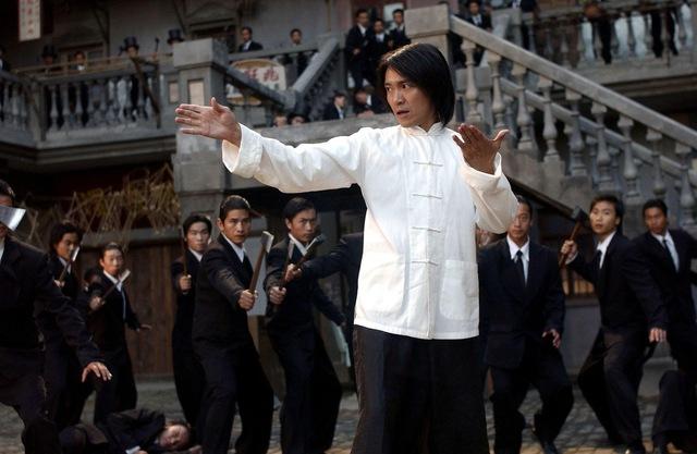 """Ông vua hài kịch Châu Tinh Trì: Giàu nứt đố đổ vách nhưng """"siêu tằn tiện"""", gần 60 tuổi vẫn lẻ bóng, sống giản dị tránh thị phi. - Ảnh 2."""