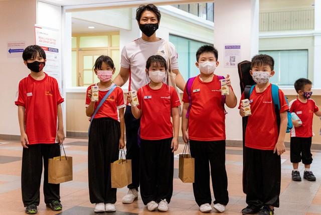 Xuất khẩu sữa tươi tổ yến đi Singapore, Vinamilk gia tăng sức cạnh tranh trong phân khúc cao cấp - Ảnh 3.