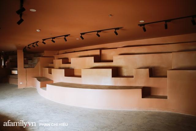 Làng cổ Bát Tràng xuất hiện công trình cực hấp dẫn giống những chiếc bàn xoay khổng lồ, chuẩn bị trở thành điểm du lịch siêu hot vào mùa Hè này - Ảnh 11.