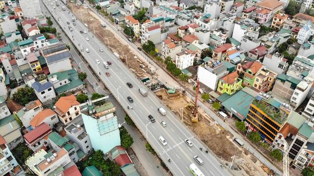 CLIP: Hàng trăm công nhân hối hả xây cầu Vĩnh Tuy 2 mức đầu tư 2.538 tỉ đồng  - Ảnh 9.