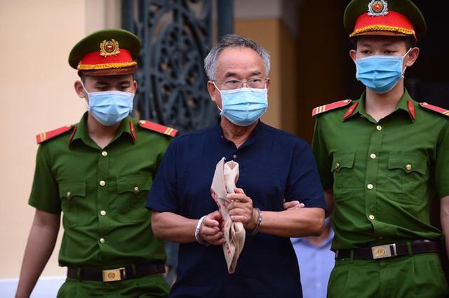 Đại gia Dương Thị Bạch Diệp bị đề nghị mức án chung thân - Ảnh 2.