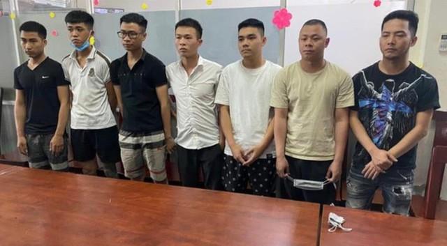 Công an quận Tân Phú bắt ông chủ Homebank Ngân hàng tại nhà  - Ảnh 2.