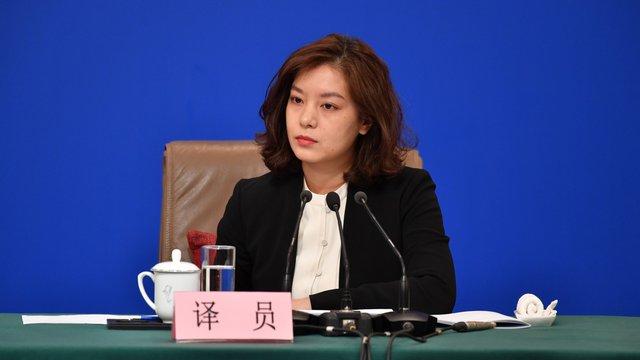 Nữ phiên dịch Trung Quốc xinh đẹp gây bão MXH: 8 năm trước từng dậy sóng vì giống Triệu Vy và những thành tích khiến ai cũng nể phục - Ảnh 8.
