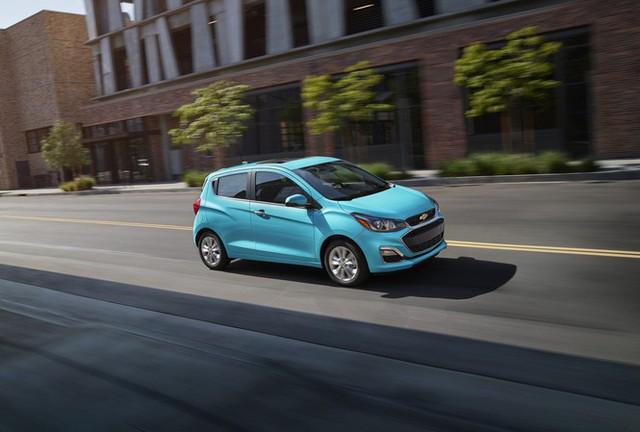 Top 10 ôtô giá rẻ đáng chú ý tại Mỹ - Ảnh 10.