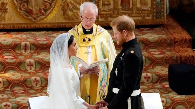 Vợ chồng Meghan Markle lên tiếng thừa nhận nói dối về đám cưới bí mật sau khi bị bóc mẽ - Ảnh 1.