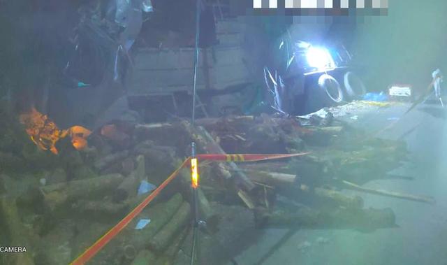 Hình ảnh mới nhất hiện trường vụ tai nạn xe tải làm 7 người ngồi trên cabin và thùng xe tử vong - Ảnh 13.