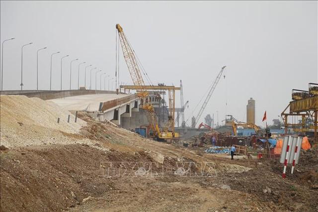 Bộ Giao thông Vận tải yêu cầu hoàn thiện phương án thu phí cao tốc - Ảnh 1.