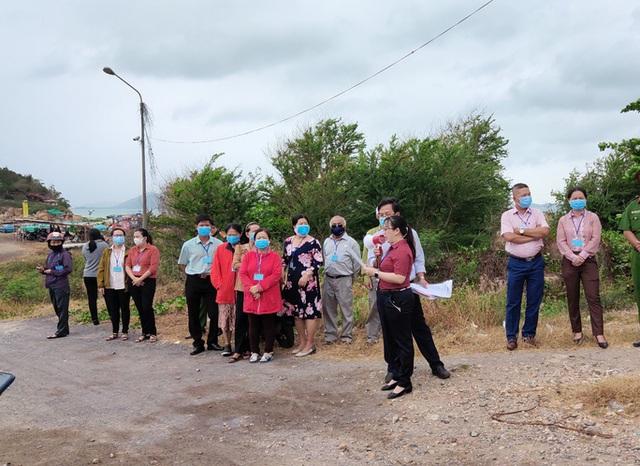 Cưỡng chế thu hồi dự án Nha Trang Sao lấn biển - Ảnh 1.