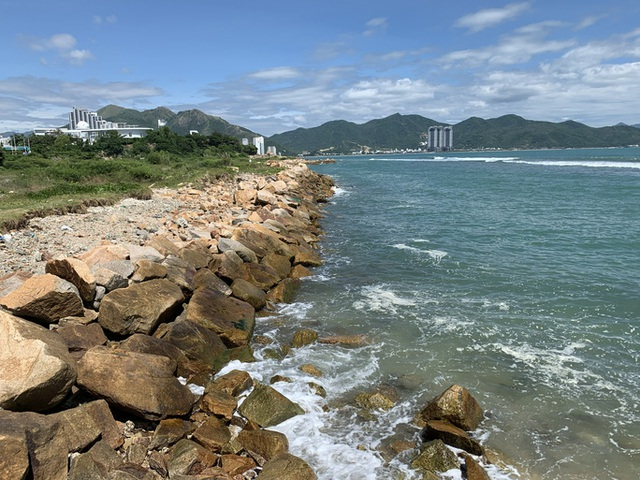 Cưỡng chế thu hồi dự án Nha Trang Sao lấn biển - Ảnh 4.