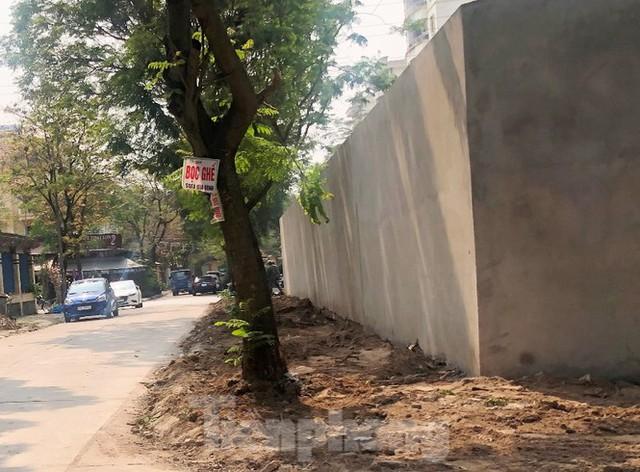 Cả nghìn mét vuông vỉa hè quận Hoàng Mai bị đào xới không phép - Ảnh 9.