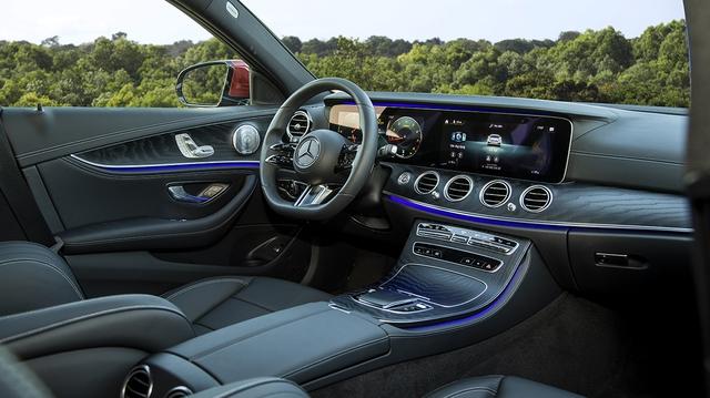 Mercedes-Benz E-Class 2021 mới ra mắt tại Việt Nam: Thiết kế mới, giá từ 2,3 tỷ đồng - Ảnh 5.