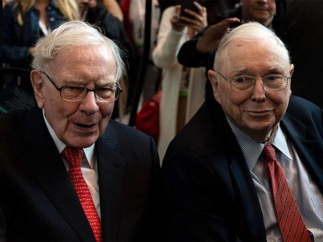 Điều hành đế chế đầu tư 40 năm, Warren Buffett nhận lương bao nhiêu? - Ảnh 1.