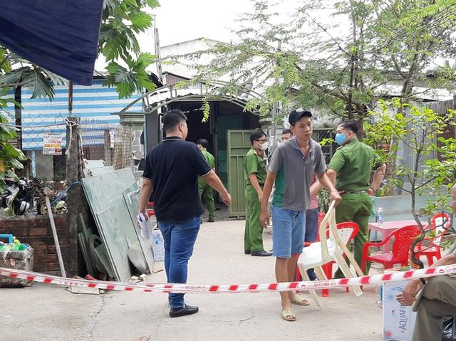 Công an báo cáo ban đầu, xác định danh tính 3 nạn nhân tử vong trong vụ cháy nhà lúc rạng sáng ở Sài Gòn - Ảnh 1.